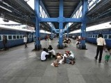 Passengers rest on a platform for their train to arrive as they wait for electricity to be restored at a railway station in New Delhi July 31, 2012. Grid failure hit India for a second day on Tuesday, cutting power to hundreds of millions of people in the populous northern and eastern states including the capital Delhi and major cities such as Kolkata. PHOTO: REUTERS