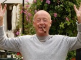 file-photo-of-director-tony-scott-posing-in-paris