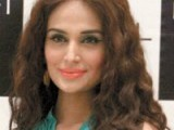 Mehreen Syed. L'Oréal Paris celebrates Eid with their customers with an interactive mall animation at Dolmen Mall in Karachi. PHOTO COURTESY LOTUS PR