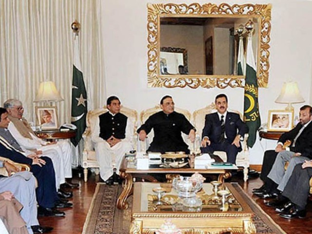 President Asif Ali Zardari flanked by Prime Minister Raja Pervez Ashraf and former Prime Minister Yousaf Raza Gilani at a coalition partners meeting at the Aiwan-e-Sadr. PHOTO: APP
