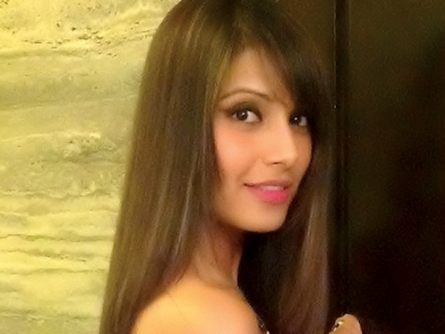 Did You Know Bipasha Goes Blonde The Express Tribune