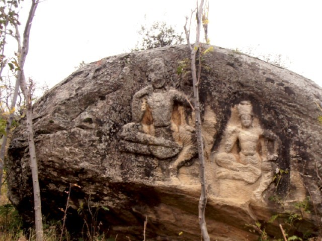 The ancient rock carvings have not been maintained, reflecting the indifference of concerned authorities. PHOTO: FAZAL KHALIQ/ EXPRESS