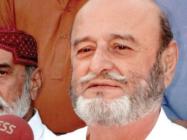 Mumtaz Bhutto also questions why the PPP did not move any resolution against the dam in the Punjab assembly.  PHOTO: FILE