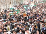 Mourners grieve over the death of victims of the twin blasts in Quetta. PHOTO: INP