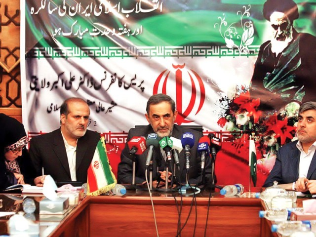 Ali Akbar Walaiti addresses a press conference at the Iranian Consulate in Quetta. PHOTO: ONLINE