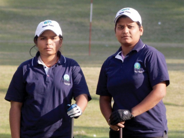 Zebunnisa and Ana James Gill, who previously worked at a factory, aim to play golf at the international level. PHOTO: EXPRESS SHAFIQ MALIK