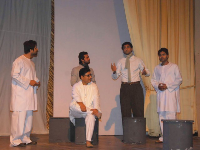 Ajoka Theatre brings 'Kaun Hai Ye Gustakh' to Nishter Hall, Peshawar. PHOTO: GAFFAR BAIG/EXPRESS
