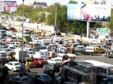 Karachi traffic situation. PHOTO: BILAL Z KHAN