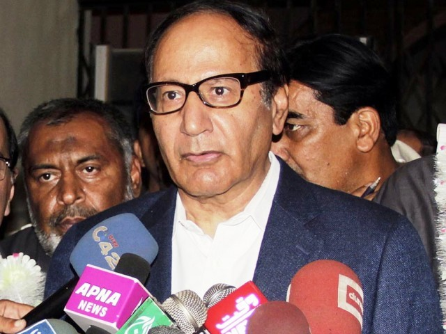 Chaudhry Shujaat Hussain talks to media persons during the opening ceremony of Asia Kabbadi Cup 2012, at Punjab Stadium. PHOTO: ONLINE