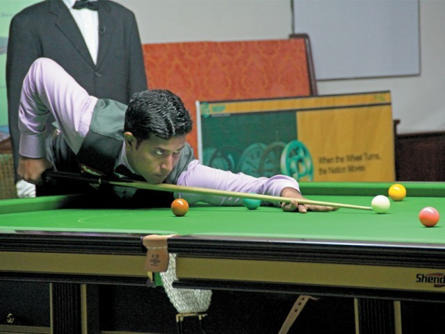 Asif, who blamed an eyesight problem for his defeats, crashed out after recording one win and two losses in the national event. PHOTO: FILE EXPRESS
