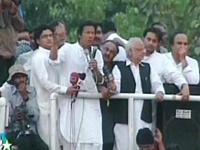 PTI Chief Imran Khan while addressing a rally in Sahiwal. PHOTO: EXPRESS