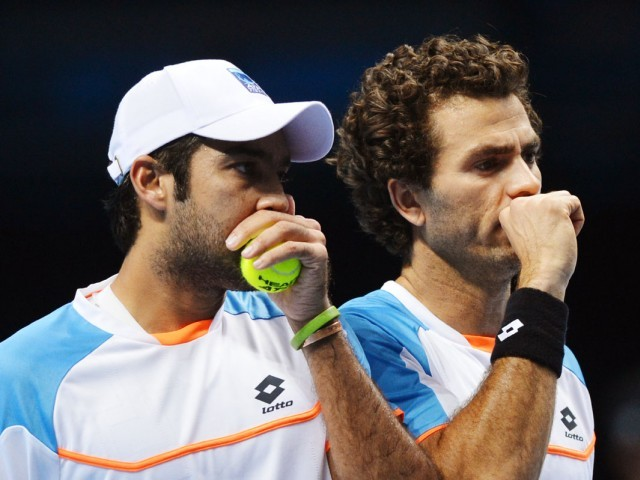 Aisam-Rojer lost to Fleming and Marray 6-4, 2-6, 10-6 in the first round of the doubles event in Barcelona  PHOTO: AFP