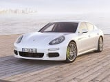 The Porsche Panamera S E-Hybrid can accelerate from a standstill to 100 km/h in 5.5 seconds. Its special feature is its unique efficiency and the ability to drive considerable distances in all-electric mode.
