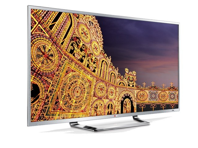 LG Electronics has launched world's first 84-inch Ultra HD TV, equipped with 3D technology, in Pakistan. PHOTO: lg.com