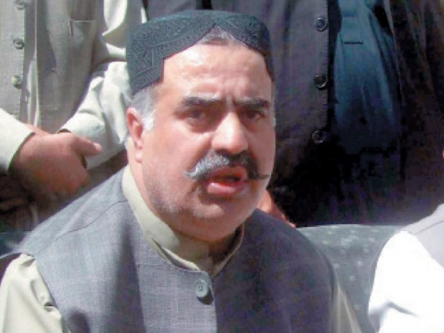 PML-N MPA-elect, Jan Mohammad Jamali presented Zehri's name for nomination as the party's parliamentary leader in the provincial assembly . PHOTO: EXPRESS
