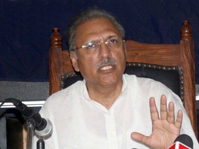 According to the official, Alvi had secured around 51,000 votes on May 11, against MQM candidate Khushbakht Shujaat, who received around 47,000 votes. PHOTO: PPI