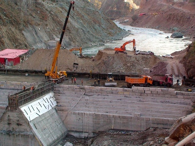 Escalating cost: Rs274.8b is the cost of Neelum Jhelum Hydropower Project, which has swelled 225%. PHOTO: FILE