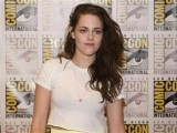 actress-kristen-stewart-arrives-for-a-panel-discussion-for-the-upcoming-film-the-twilight-saga-breaking-dawn-part-2-at-comic-con