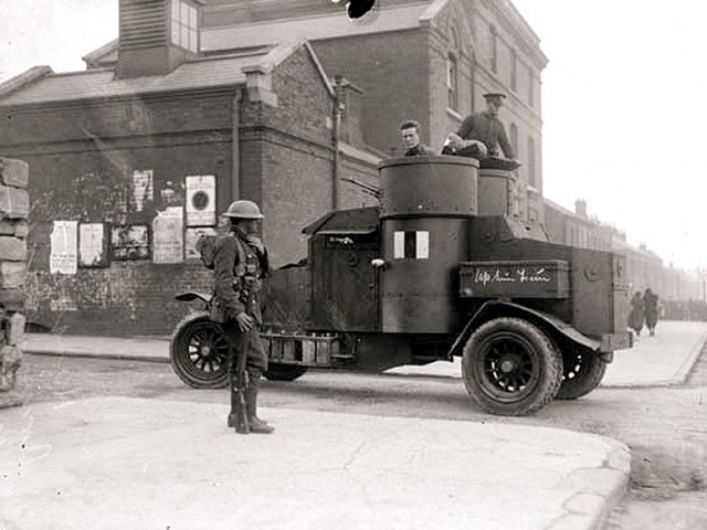 An armoured car outside the Mounjoy Prison in Dublin during a hunger strike in 1920. IRA members were executed here. SOURCE: NATIONAL LIBRARY OF IRELAND