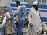 afghan-refugees-flee-from-the-troubled-area-of-bajaur-tribal-region-in-pakistan-2-2-3-2-2