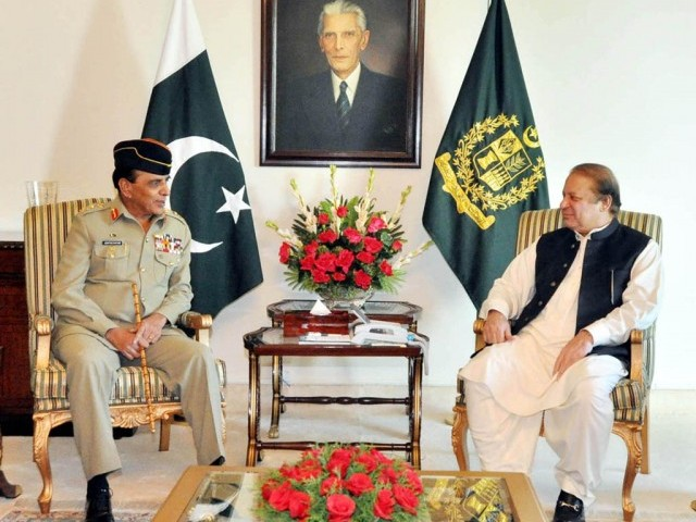 Chief of Army Staff, General Ashfaq Pervez Kayani paid a farewell call on the Prime Minister Nawaz Sharif at PM House, Islamabad on November 28, 2013. PHOTO: PID