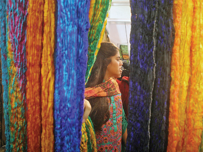 Exhibition Stall Designers In Karachi : From jewellery to clothes indian expo a shoppers delight for