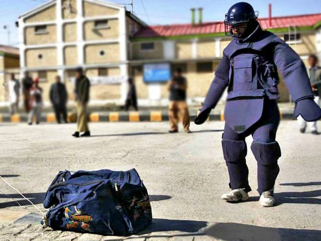 File photo of a bomb disposal squad official. PHOTO: ONLINE / FILE