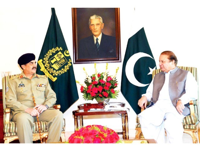 Chief of Army Staff General Raheel Sharif (L) and Prime Minister Nawaz Sharif (R). PHOTO: ONLINE