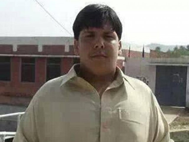 A picture of late Aitizaz Hasan making the rounds on social media.
