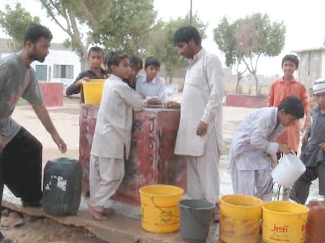 Due to the contamination of underground water in Malir district, villagers have to travel a distance of one kilometres to obtain sweet water from wells of nearby agricultural lands. PHOTOS COURTESY: HEALTH AND NUTRITION DEVELOPMENT SOCIETY