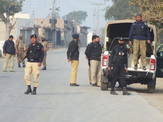 Independent sources claim 15 of the 20 security officials were in critical condition and shifted to Peshawar. PHOTO: INP