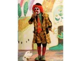 A clown from Ritz entertainment keeps the kids enthralled. PHOTO: AYESHA MIR/EXPRESS