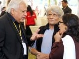 Arif Hassan exchanging his ideas at KLF. PHOTO: ATHER KHAN/AYESHA MIR/EXPRESS