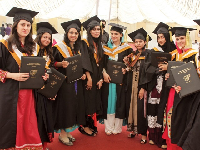 The first batch of Dawood University of Engineering and Technology students graduated at a ceremony presided over by Sindh Education Minister Nisar Khuhro on Sunday. PHOTO: PRESS RELEASE