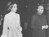Bhutto walks alongside former Empress of Iran Shahbanu Farah Pahlavi in 1975. PHOTO: PUBLICATION OFFICE OF HER HIGHNESS