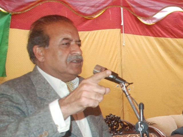 Pakistan Muslim League-Nawaz's (PML-N) senior leader Sardar Mehtab Ahmad Khan Abbasi. PHOTO: SAMEER RAZZAQ/EXPRESS