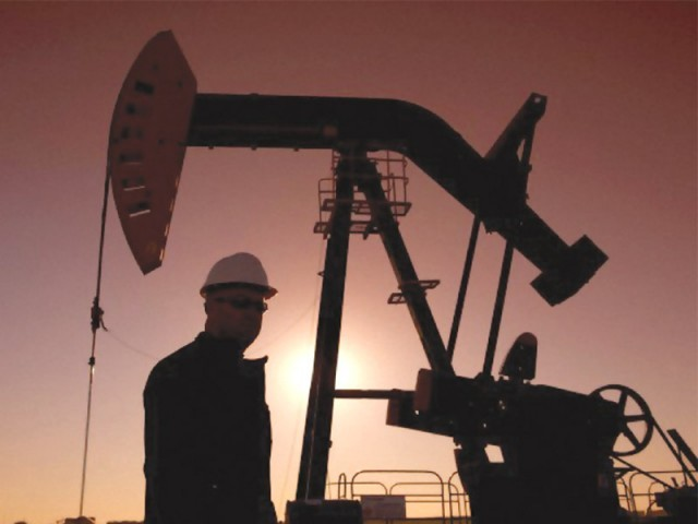 Total gas production stands at 1124.8 billion cubic feet during July-March 2013-14. PHOTO: FILE
