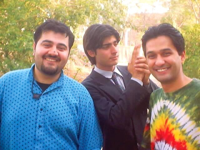 Khan is seen with his former band member and co-star Ahmed Ali Butt (L) and Zain Ahmed (R) on the sets of the sitcom Jutt & Bond. PHOTO: PUBLICITY