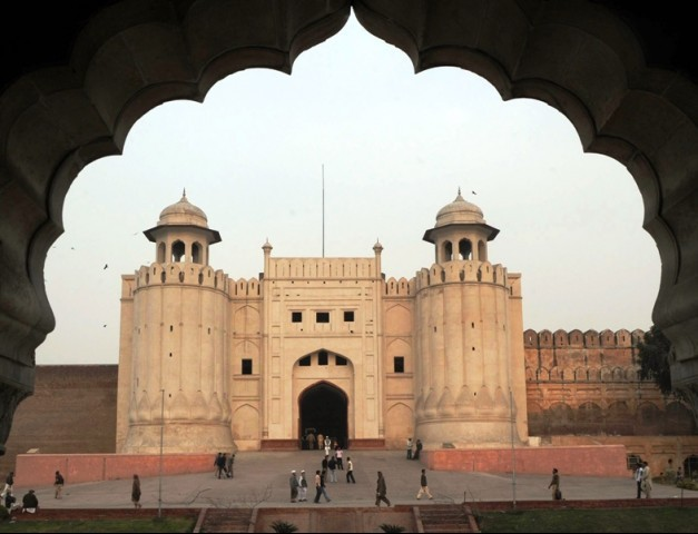 A large number of people visited the historical monuments of the city during Eidul Azha holidays, including the Lahore Fort and the Badshahi Masjid. PHOTO: AFP