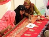 karachi-university-women-workers-embroidery-home-based-workers-female-vocational-training-photo-app-2