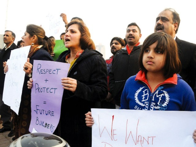 The protesters demanded a clear policy against terrorism. PHOTO: AGHA MEHROZ/EXPRESS
