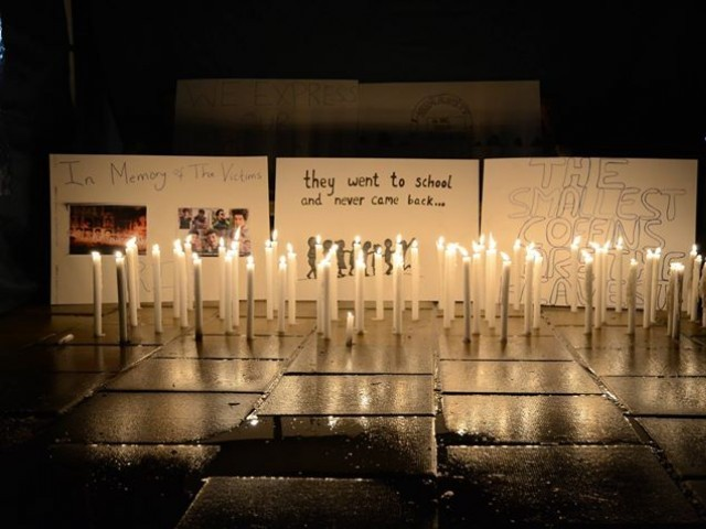 Students of Sussex University hold candle light vigil to mark two month anniversary of Peshawar school attack. PHOTO: AIMEN BUCHA