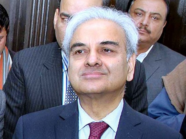 Chief Justice Nasirul Mulk will head the three-member comission PHOTO: APP