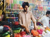 a-stall-selling-bangles-at-jinnah-supers-gol-market-copy