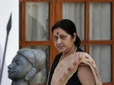 indias-new-foreign-minister-swaraj-arrives-to-attend-a-meeting-between-indias-pm-modi-and-afghanistans-president-karzai-in-new-delhi-2-2-2