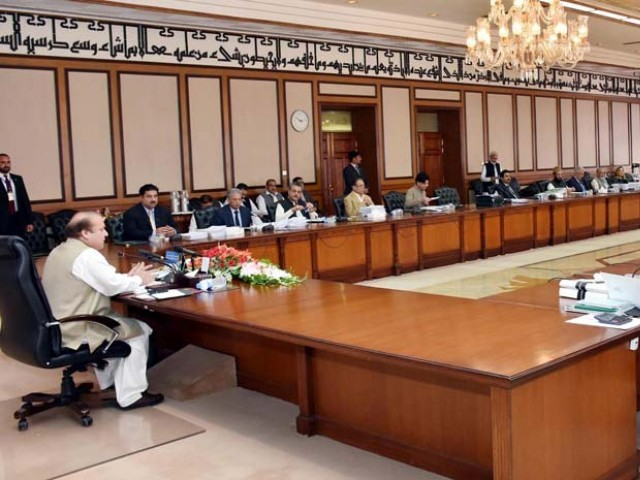 Prime Minister Nawaz Sharif chairing the meeting of the federal cabinet at PM Office. PHOTO: PID