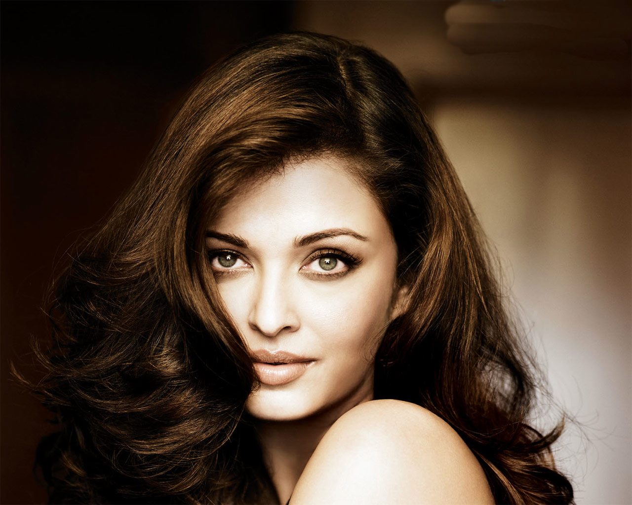 Aishwarya rai bachchan house photos Cached