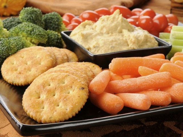 5 tips for healthy snacking the express tribune