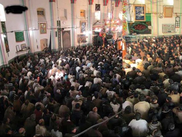 Thousands of people attended the commemoration of Irfani's first death anniversary in Parachinar. PHOTO: EXPRESS