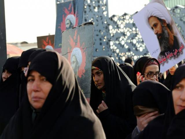 Iranian women demonstrate in Tehran against the execution of prominent Shia Muslim cleric Nimr al-Nimr by Saudi authorities, on January 4, 2016. PHOTO: AFP